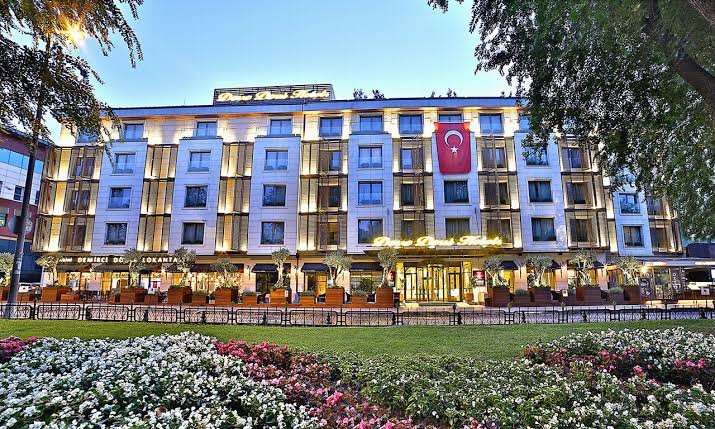 Dosso Dossi Hotels Spa Downtown Airport Transfer